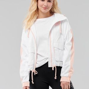 Hollister Mesh-Lined Utility Windbreaker